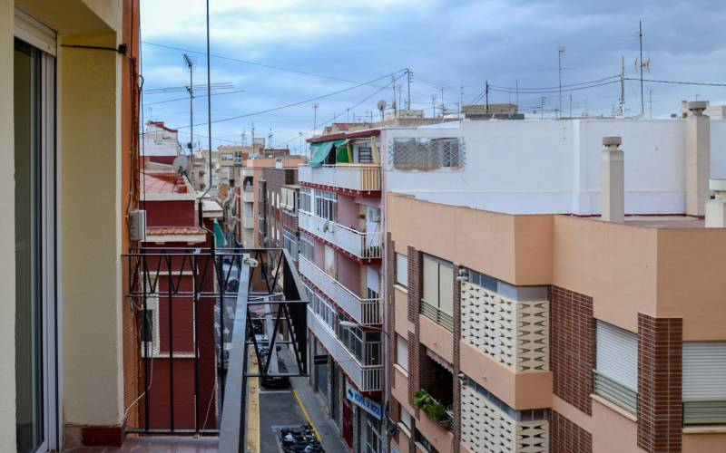 Appartement - Sale - Alicante - Alicante