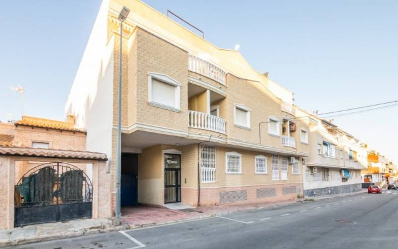 Appartement - Sale - Torrevieja - Playa del Cura