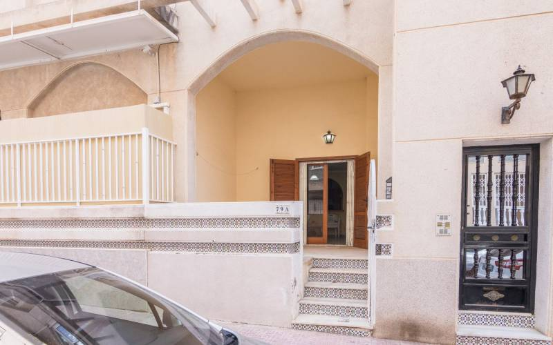 Apartment - Sale - Torrevieja - Central