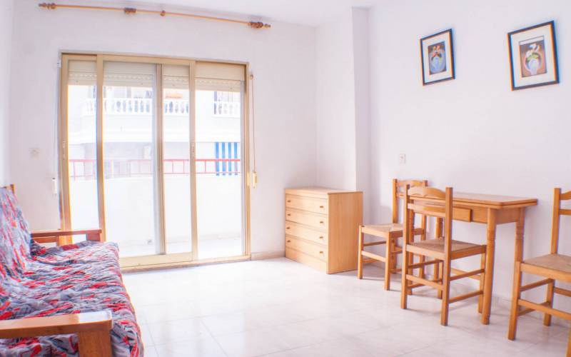 Appartement - Sale - Torrevieja  - Habaneras