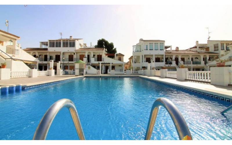 Appartement - Sale - Torrevieja  - Los Frutales