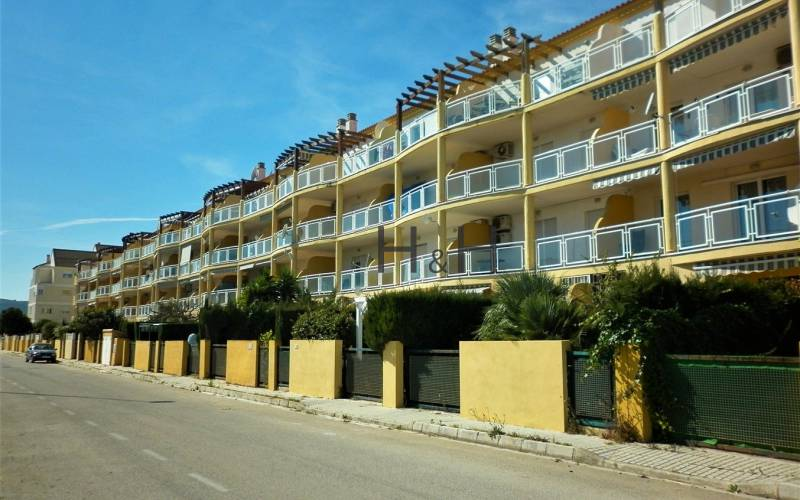 Appartement - Sale - Denia - Denia