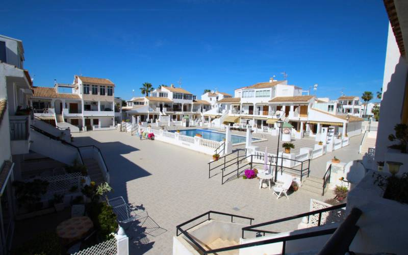 Appartement - Sale - Torrevieja  - La Rosaleda