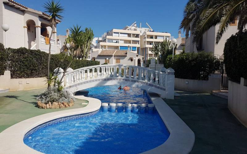 Apartment - Sale - Torrevieja - Torre Del Moro