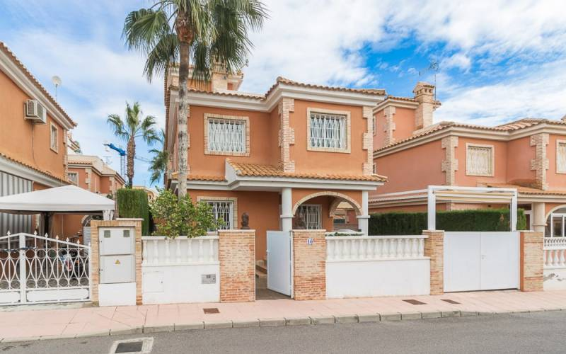 Villa - Sale - Orihuela-Costa - Playa Flamenca