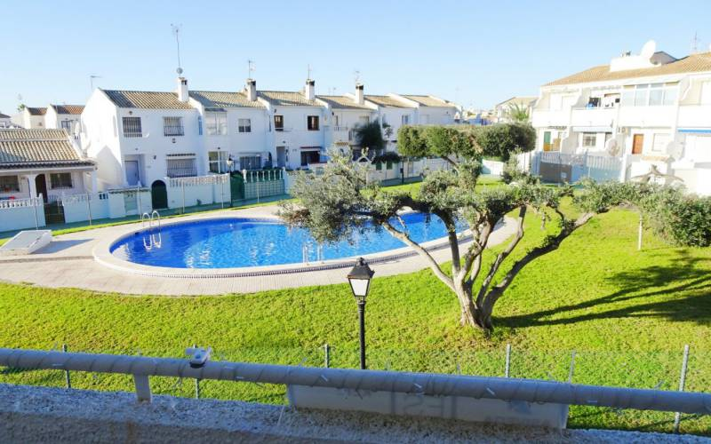 Studio apartment - Sale - Orihuela-Costa - La Florida