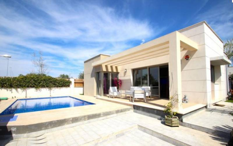 Villa - Sale - Los Montesinos  - Vistabella