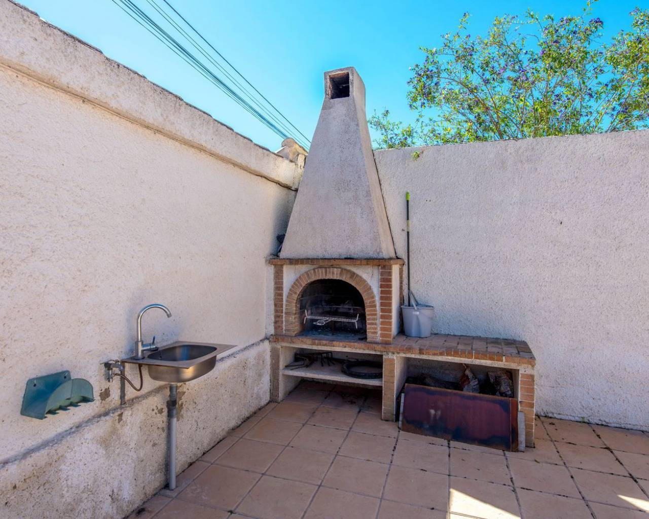 Sale - Villa / Semi detached - Torrevieja - Los Balcones