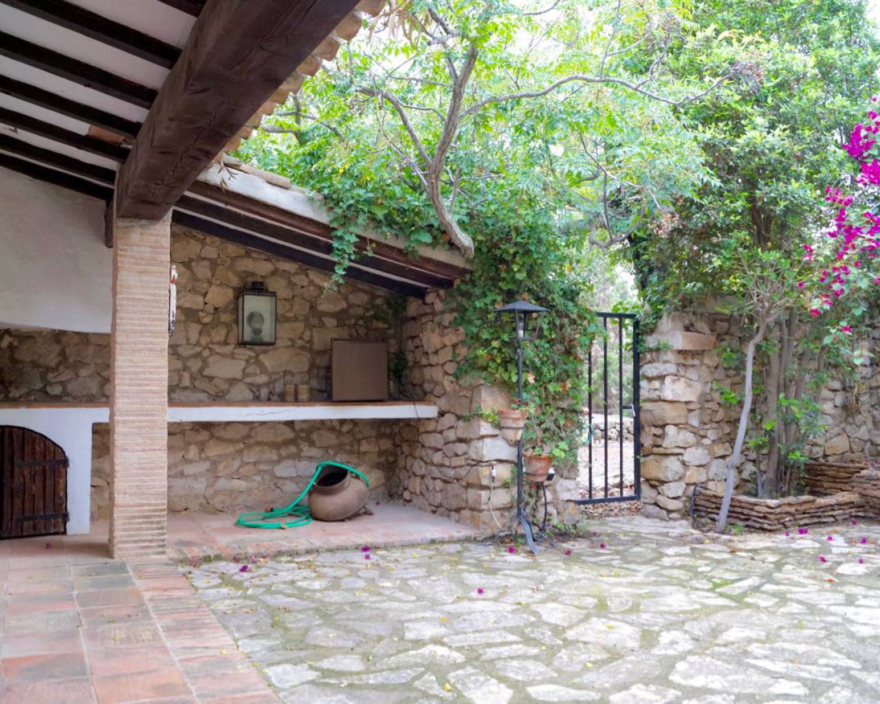 Sale - Country House / Finca - Benissa - Pedramala