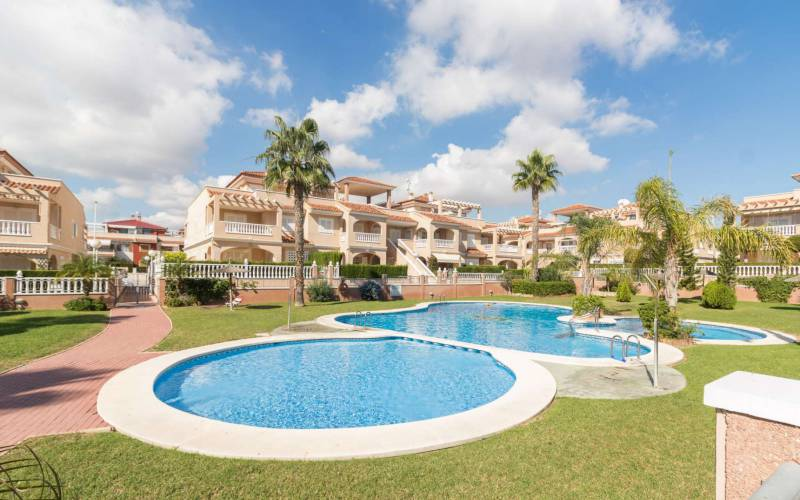 Apartment - Sale - Orihuela-Costa - La Zenia