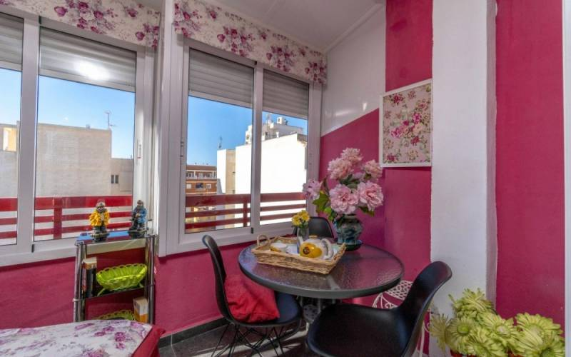 Studio apartment - Sale - Torrevieja - Center