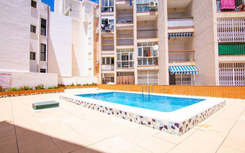 Studio apartment - Sale - Torrevieja - Playa del Cura