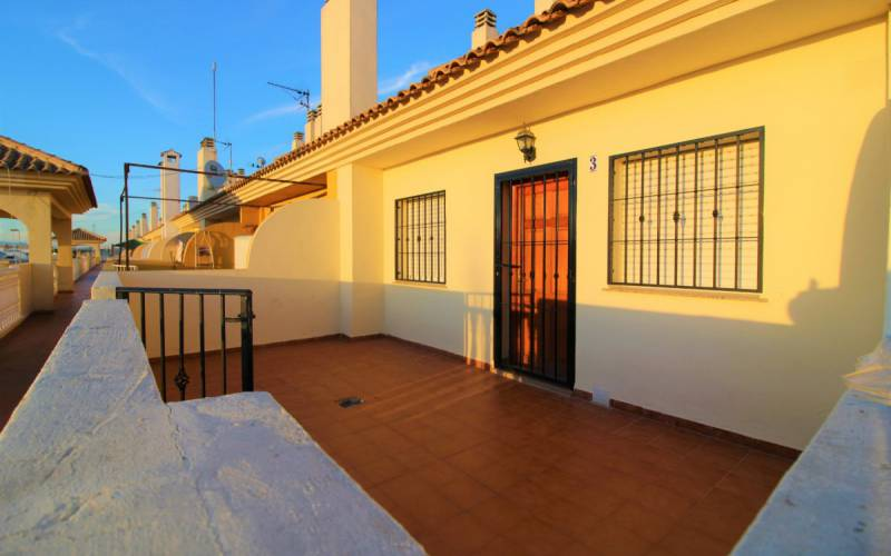 Appartement - Sale - Torrevieja - Altos Del Limonar